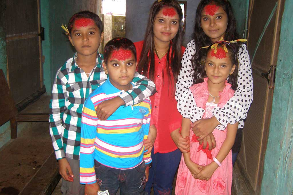 children-during-dashain