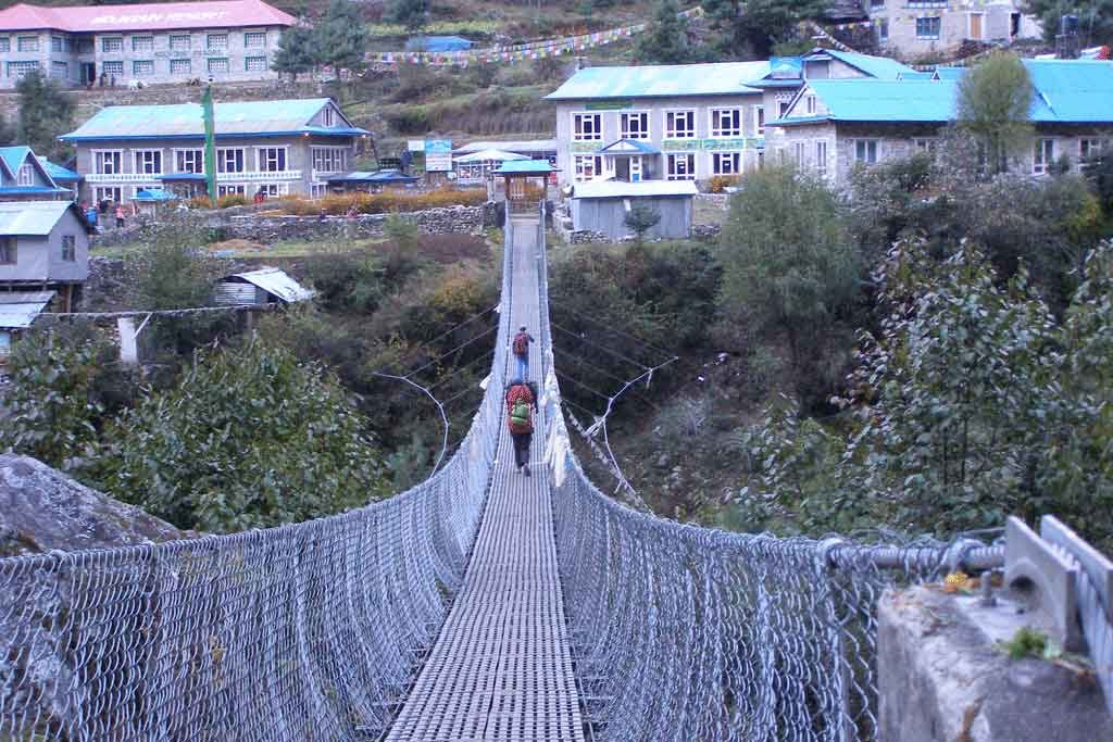 suspension-bridge-everest-trail