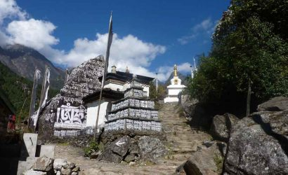 chorten-everest-trail