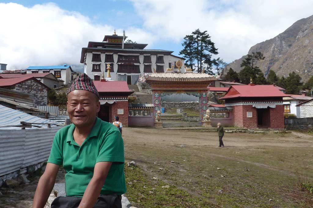 tengboche-monastery-view