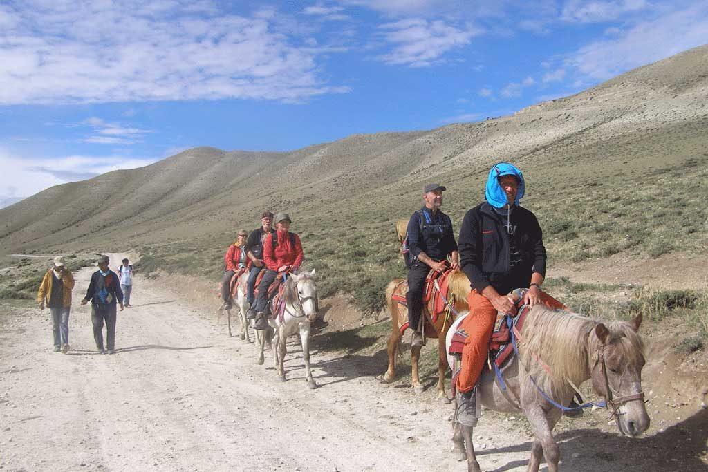 upper-mustang-horse-ride