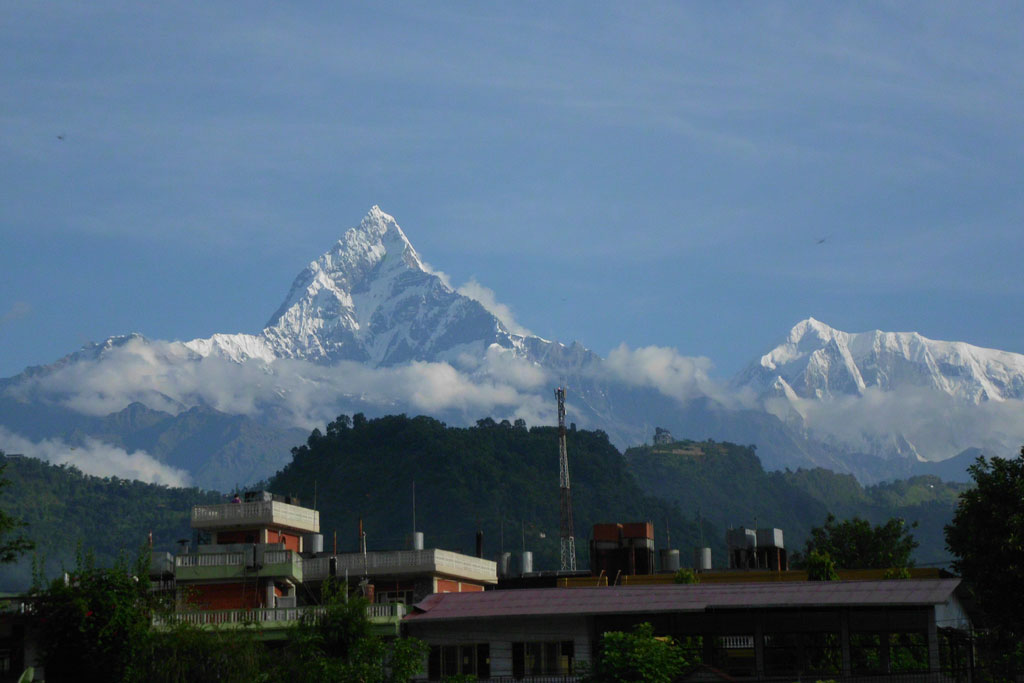 view-of-fishtail-from-pokhara