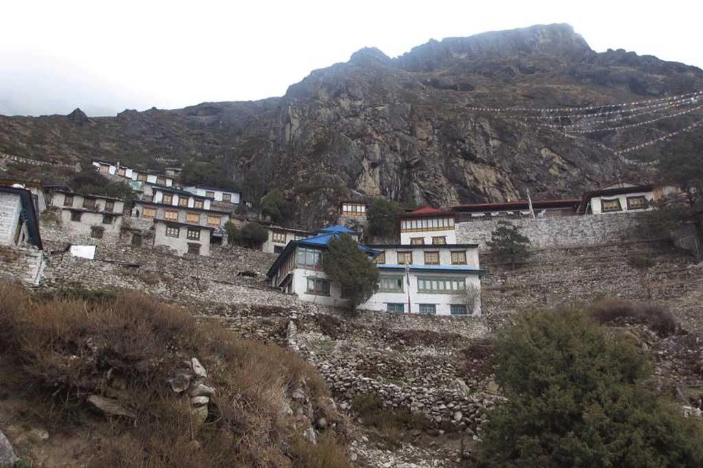 thame-monastery